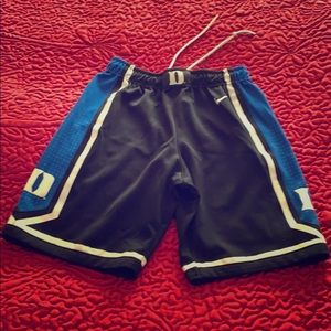 Boys Nike Duke Shorts, blue and black, size 7